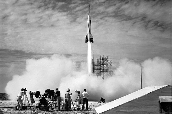 День рождения ракетно-космической отрасли России