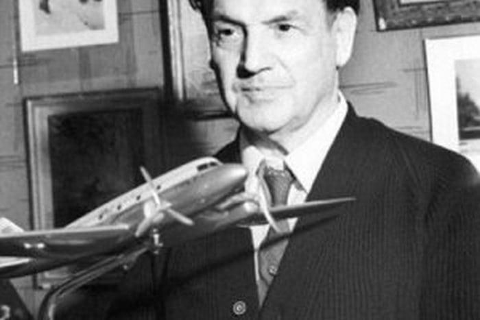 Первый в мире самолет невидимка и его создатель Бартини Роберт Людвигович