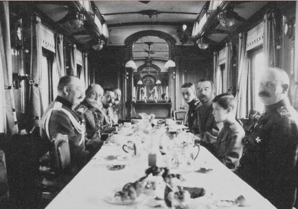 Завтрак, обед и ужин последнего российского императора