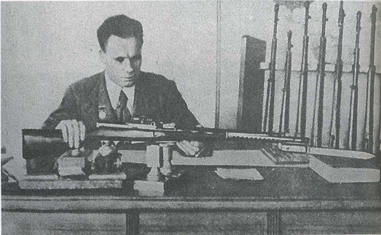 Как мальчик из деревни, с начальным образованием, стал автором одного из лучших образцов оружия в своём классе