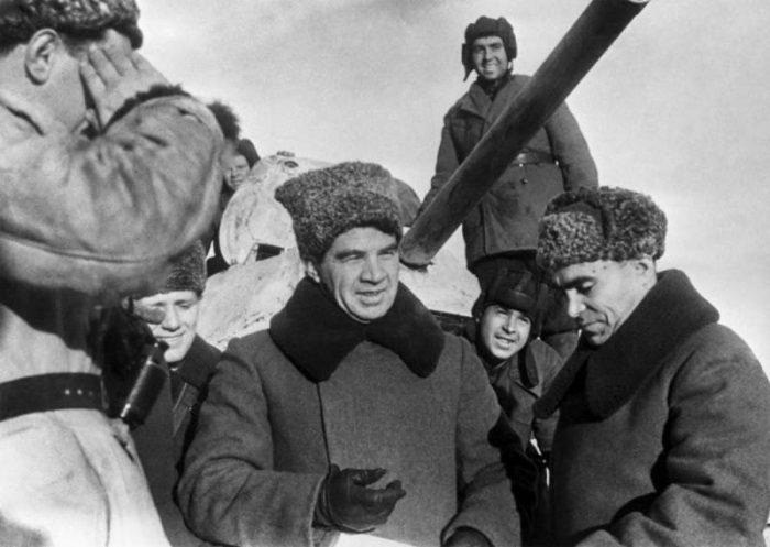 Сурен Каспарян. Герой-артиллерист, уничтоживший в одном бою пять немецких танков