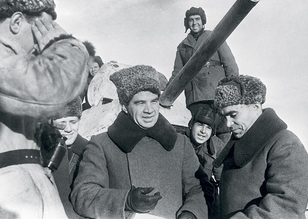 Капитуляцию принял тот, об кого немцы обломали зубы в Сталинграде