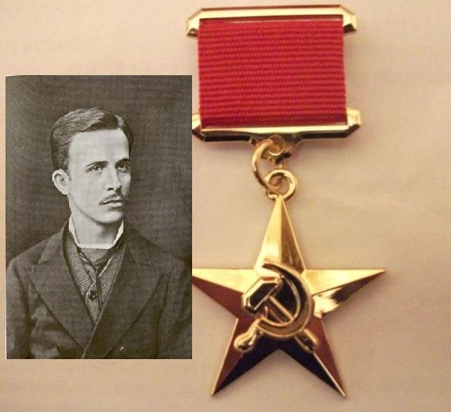 Его большая заслуга в том, что Гагарин полетел и вернулся на Землю
