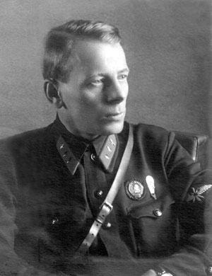 Его имя надолго выпало из истории ВВС и ВДВ Советского Союза
